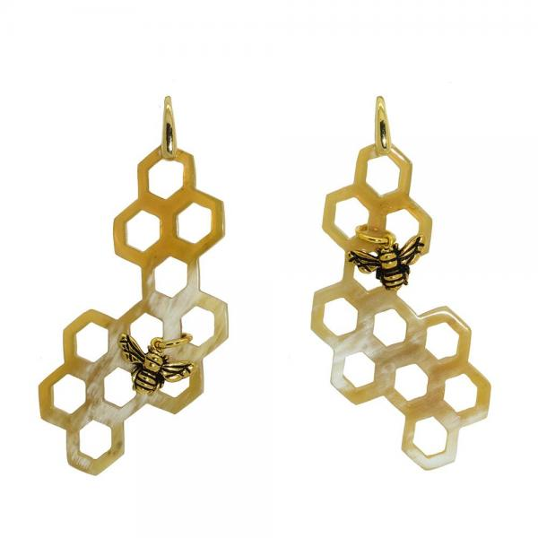 5266Miccy_s_earrings_Hello_Honey