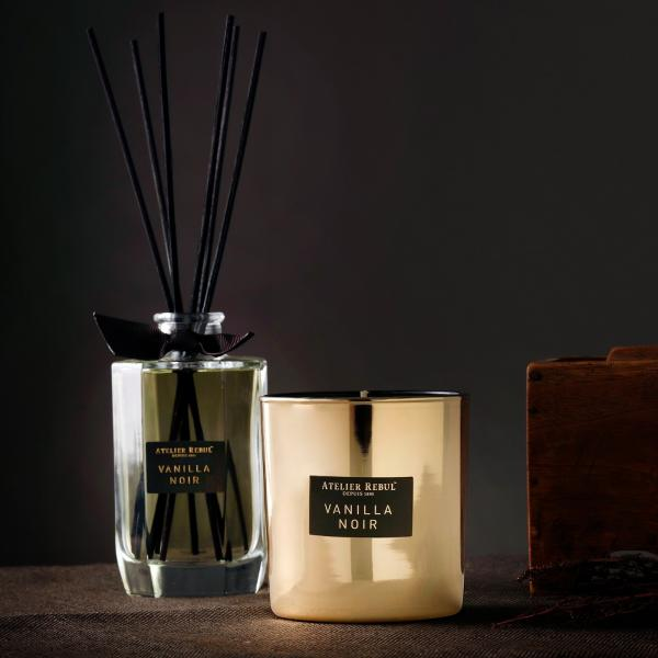 Vanilla_Noir_Scented_Candle